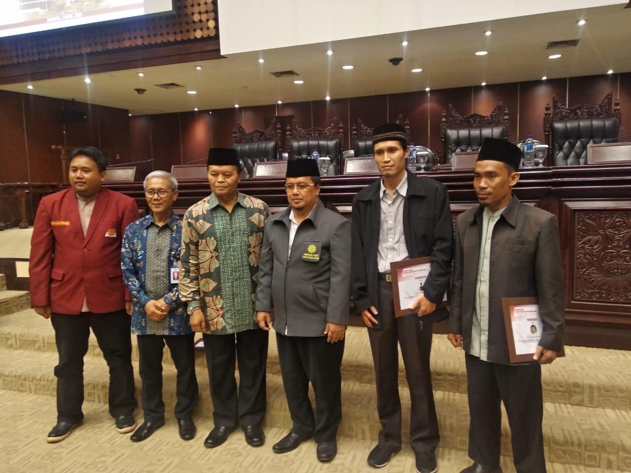 DAKWAH ISLAM INDONESIA DALAM PENGABDIAN DAN PERJUANGAN MOHAMMAD NATSIR
